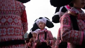 """En Chine, des """"femmes à cornes"""" pour le Nouvel an lunaire"""