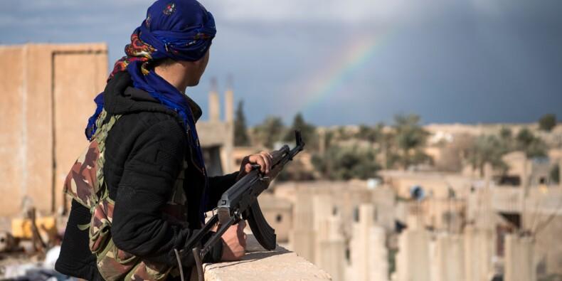En Syrie, les jihadistes de l'EI sommés de se rendre par la force arabo-kurde