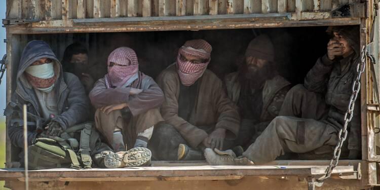 Syrie: hommes, femmes et enfants quittent la poche de l'EI