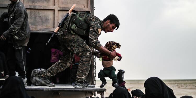 En Syrie, nouvelles évacuations de l'ultime poche de l'EI