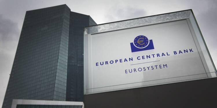 La BCE à la rescousse des banques, l'économie inquiète
