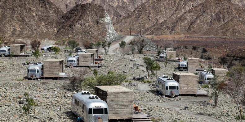 """La nouvelle mode touristique à Dubaï: le """"glamping"""", camping glamour"""