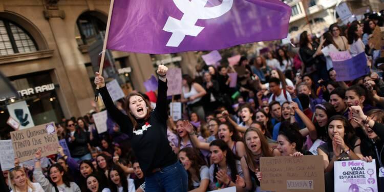 """Grève féministe"" et manifestations monstres en Espagne"