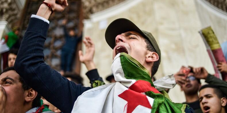 Bouteflika de retour en Algérie, où la contestation ne faiblit pas