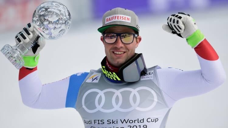 Ski alpin: Feuz remporte un 2e globe de descente malgré la victoire de Paris