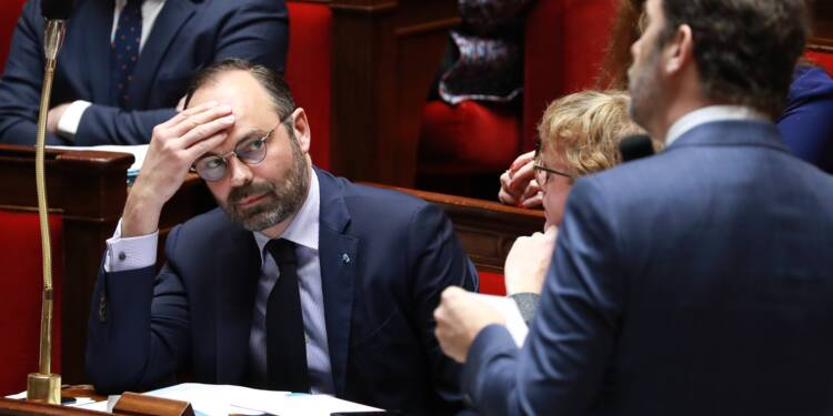 """Castaner en boîte de nuit: Philippe dit sa """"confiance"""" en son ministre"""