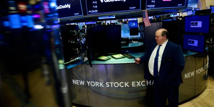 Wall Street monte légèrement, attentiste à la veille d'une réunion de la Fed