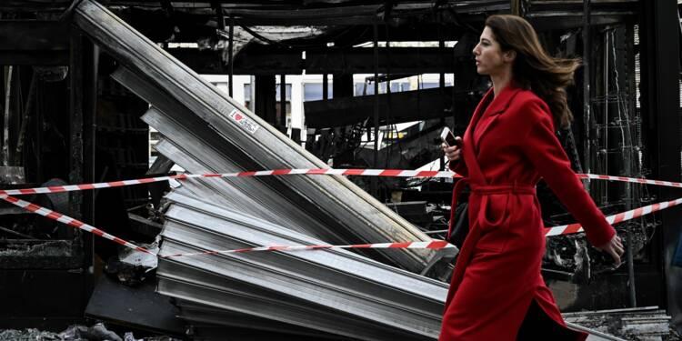 """Saccage des Champs-Elysées: les commerçants veulent """"travailler, tout simplement"""""""