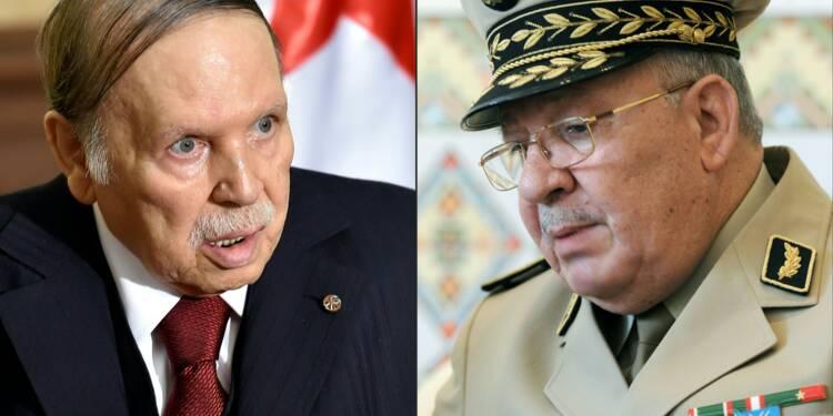 Algérie: l'armée ouvre la voie à un départ du président Bouteflika