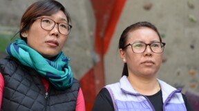 Deux veuves népalaises à l'assaut de l'Everest tueur