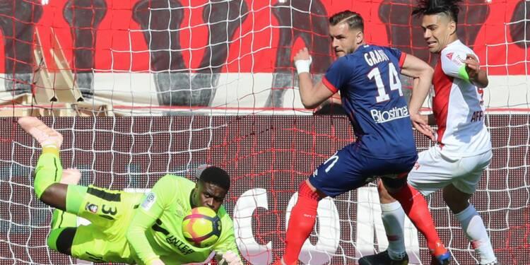 Ligue 1: l'exploit de Caen, Lille doit gagner