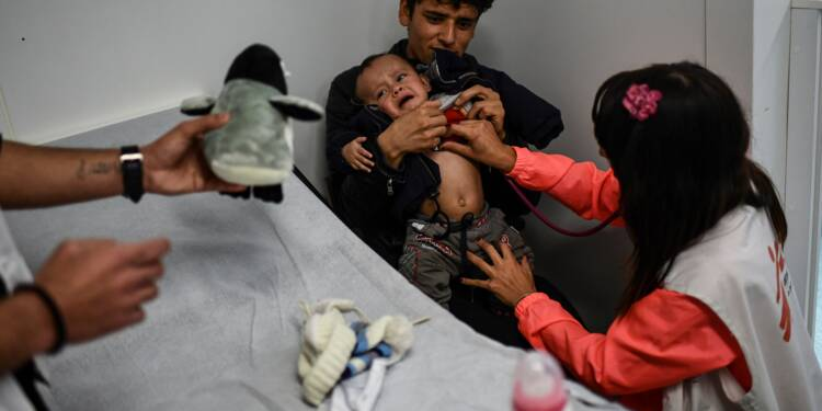 """Quatre ans après la crise migratoire, le """"fardeau"""" reste lourd pour Lesbos"""