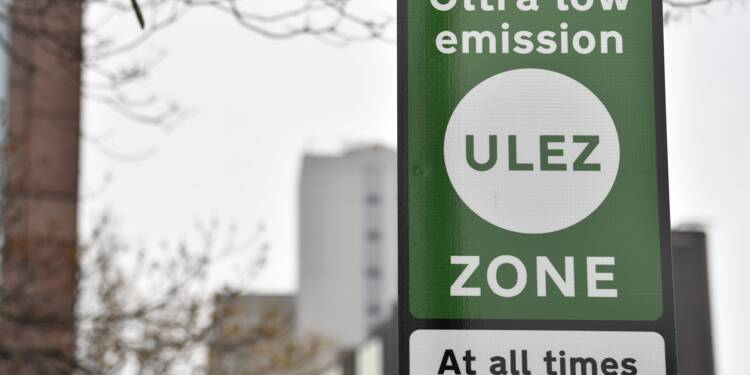 "Pollution: une ""zone à ultra basse émission"" entre en vigueur à Londres"