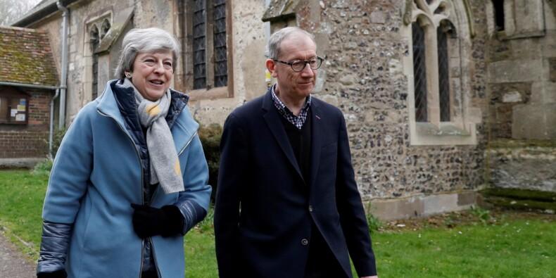 Brexit : Theresa May à Berlin et Paris pour plaider un nouveau report