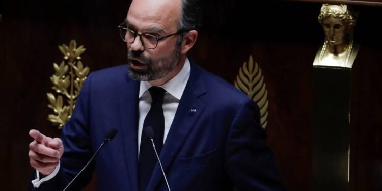 """Face à la """"défiance"""", Philippe promet des """"grands chantiers"""" post-grand débat"""