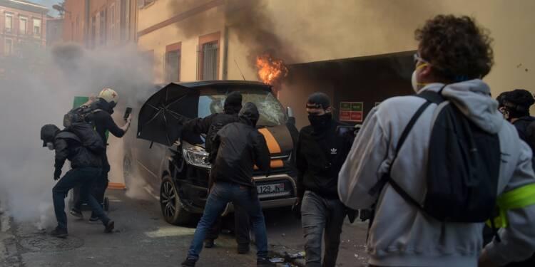 """France: nouvelles manifestations de """"gilets jaunes"""" avant les annonces de Macron"""