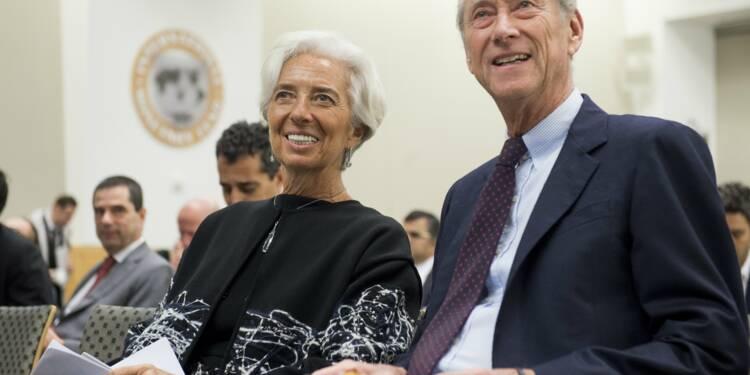 """La dette, un problème """"accessoire""""? avec les taux bas, le débat redémarre"""