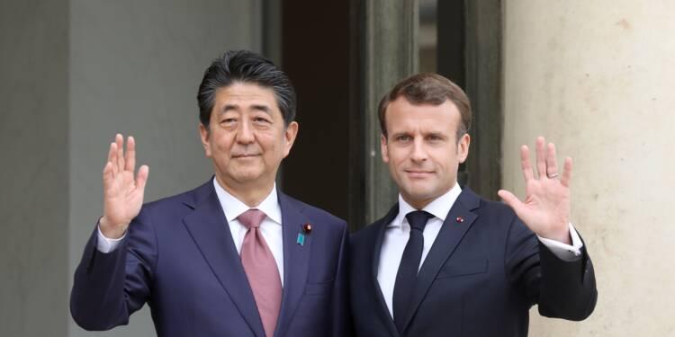 """Renault-Nissan: Macron et Abe réaffirment leur """"attachement"""" à l'alliance"""