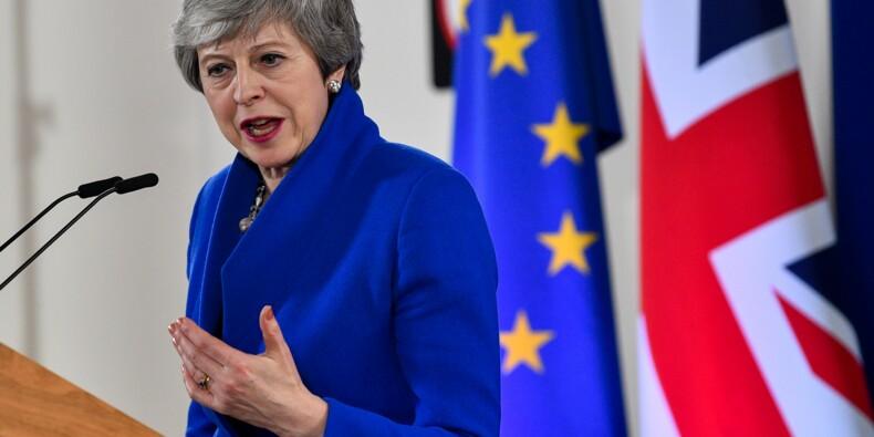Brexit: la campagne des européennes nourrit les appels à la démission contre May