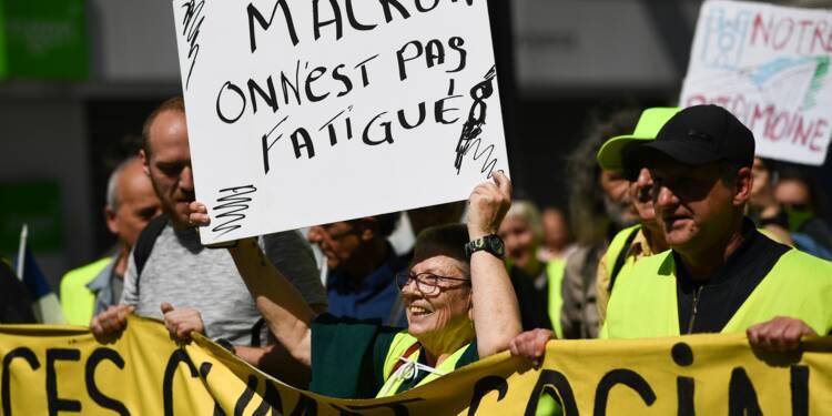Après les annonces de Macron, les gilets jaunes préparent leur acte 24