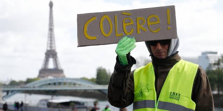 """""""Gilets jaunes"""": la mobilisation marque le pas avant le 1er-Mai"""