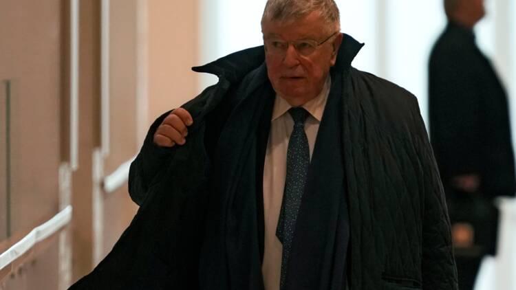 """Des départs """"par la fenêtre ou par la porte"""" : l'ex-PDG de France Télécom confesse """"une gaffe"""""""