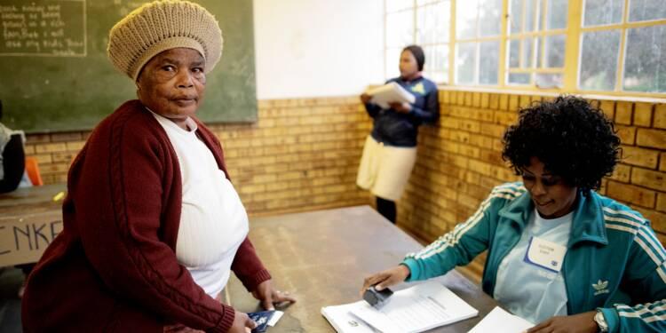 Les Sud-Africains ont voté en nombre pour leurs députés, l'ANC favori