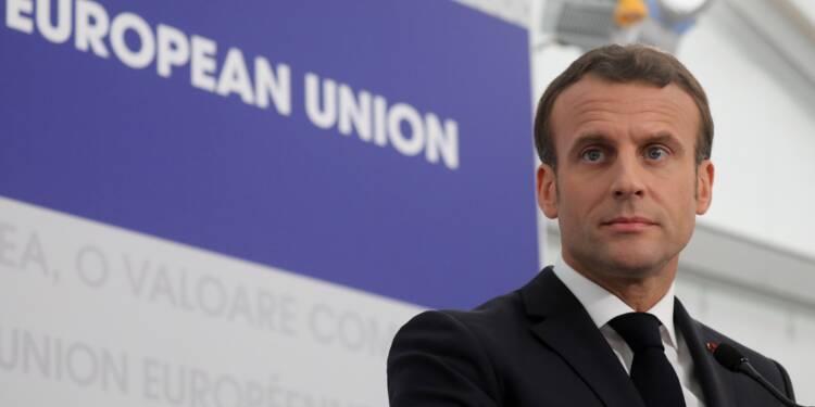 Européennes: Macron focalise sur Le Pen, un pari à hauts risques