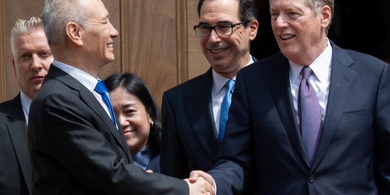 Commerce: Donald Trump maintient plus que jamais la pression sur Pékin