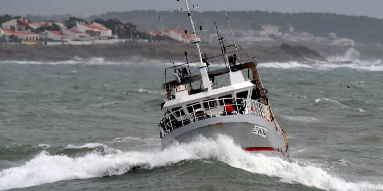 Face au manque de marins, les métiers de la pêche soignent leur image