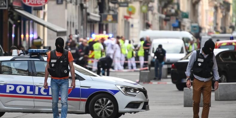 Colis piégé à Lyon: les quatre gardes à vue toujours en cours