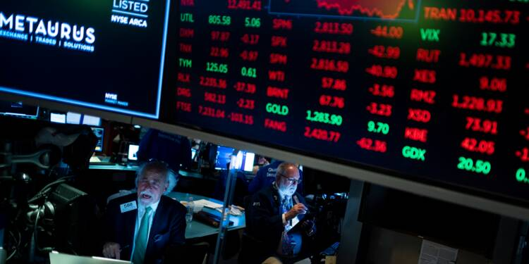Wall Street ouvre en légère hausse, tentant de rebondir