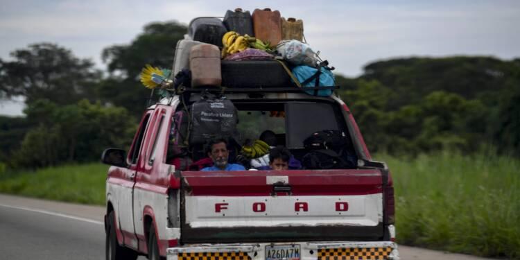 Au Venezuela, pays pétrolier, la vente d'essence rationnée
