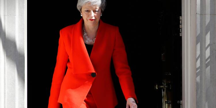 Theresa May s'efface et passe le Brexit à son successeur