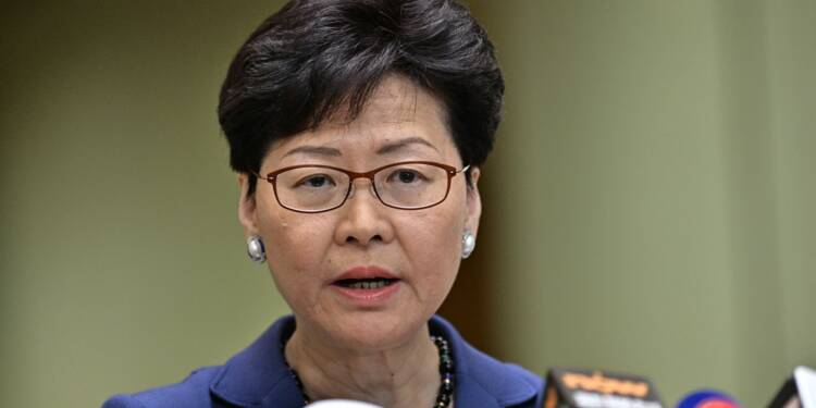 Hong Kong maintient le projet de loi autorisant les extraditions vers la Chine