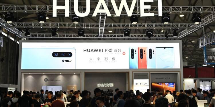 Les ventes de Huawei, sanctionné aux Etats-Unis, durement affectées