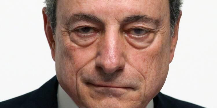 Accusé par Donald Trump de manipuler l'euro, Mario Draghi réplique