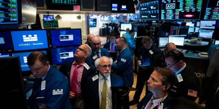 Wall Street termine en hausse, soutenue par la Fed