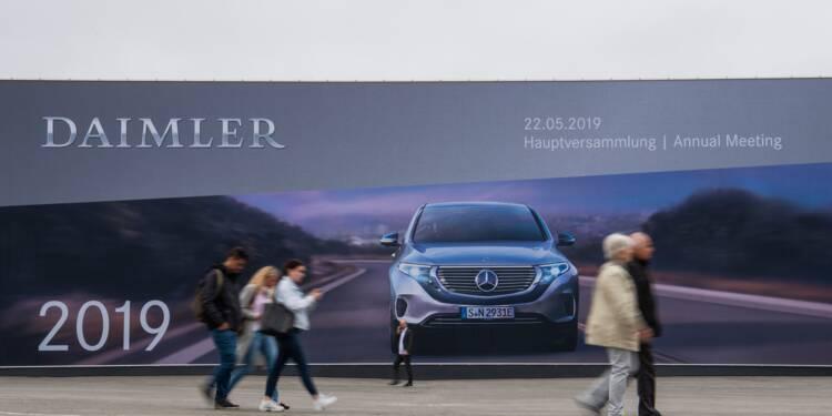 Moteurs truqués: Daimler contraint de rappeler 60.000 véhicules en Allemagne