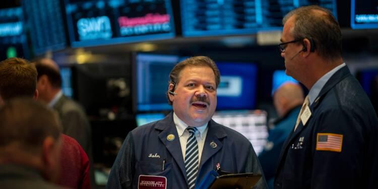 Wall Street se replie un peu en attendant une réunion de la Fed