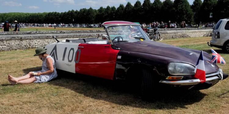 Amateurs de DS et 2CV réunis à la Ferté-Vidame pour les 100 ans de Citroën