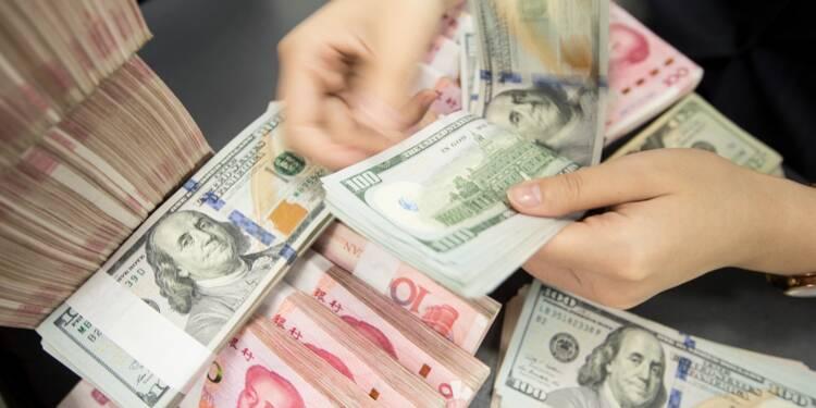 Chine : le taux pivot du yuan à nouveau en baisse