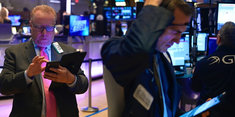 Wall Street ouvre en ordre dispersé, le Dow Jones près de son record