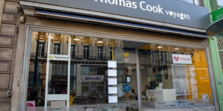Dans une agence Thomas Cook à Paris, clients et salariés tremblent