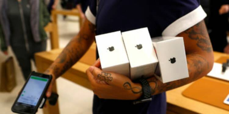 NIKKEI: Apple va diviser par 2 ses objectifs de production de l'iPhone X — il ne s'est pas assez bien vendu à Noël