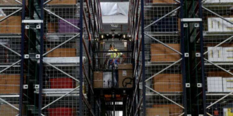 Amazon recrute des milliers de personnes en France avant Noël — voici où trouver un poste