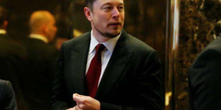 Un ingénieur français a informé Tesla des projets de Dyson dans la voiture électrique il y a 2 ans