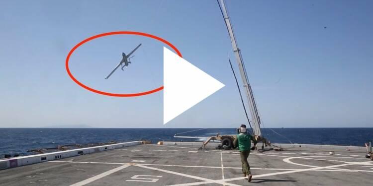 VIDEO: L'armée américaine peut attraper des drones en plein vol grâce à une technique aérienne innovante