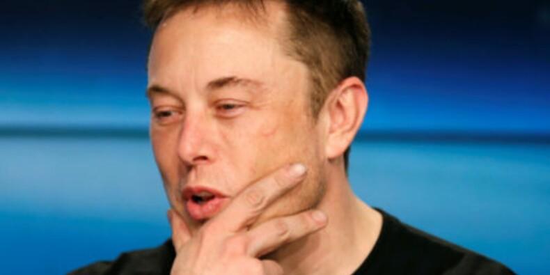 Tesla brûle 6500 dollars pour minute et pourrait être à court avant la fin de l'année