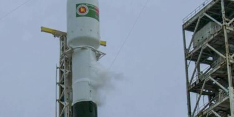 SpaceX reporte le lancement de la version améliorée de sa fusée Falcon 9 à la toute dernière minute
